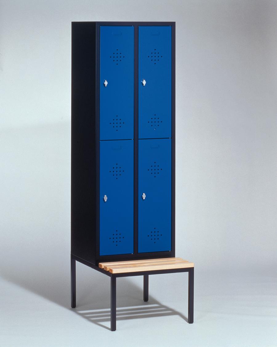 tolle umkleideschr nke mit sitzbank ideen die. Black Bedroom Furniture Sets. Home Design Ideas